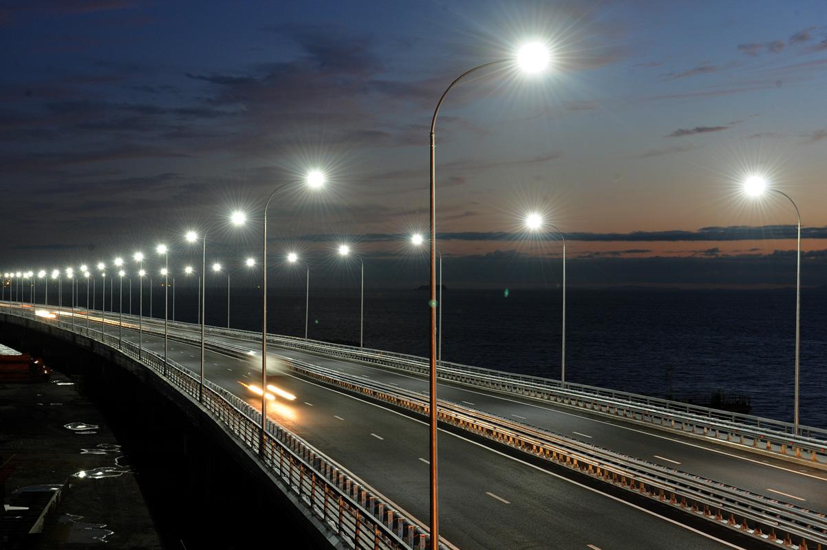 Линейные светодиодные светильники для торгового оборудования